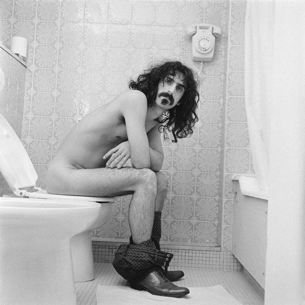 Frank Zappa at the Royal Garden Hotel 1967 © Robert Davidson Photography